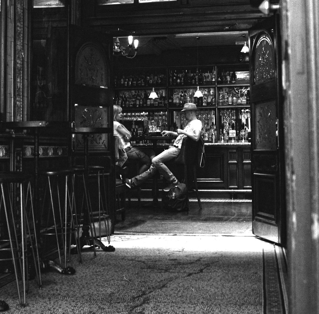 Saturday afternoon in a London pub